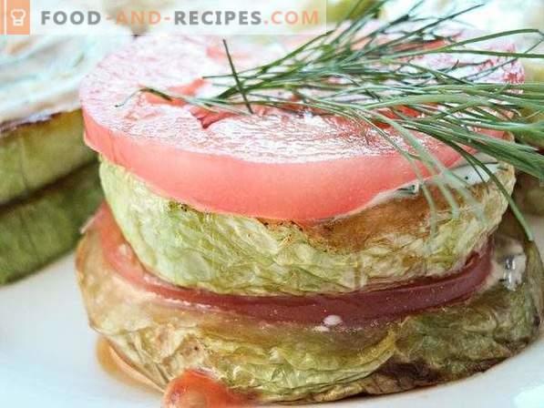 Gefrituurde courgette met tomaten en knoflook