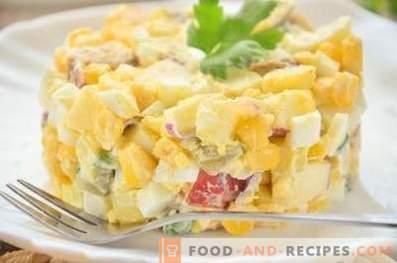 Duitse aardappelsalade met worst