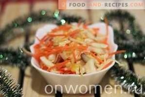 koolsalade met wortels en mais