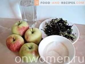 Compote van zwarte bessen en appels