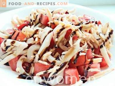 Squidsalade met tomaten en kaas