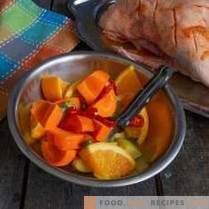 Sappige eend met sinaasappels in het Frans