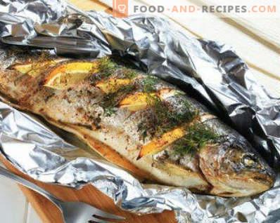 Jak ugotować pyszną makrelę w piekarniku. Pieczona makrela w pergaminie